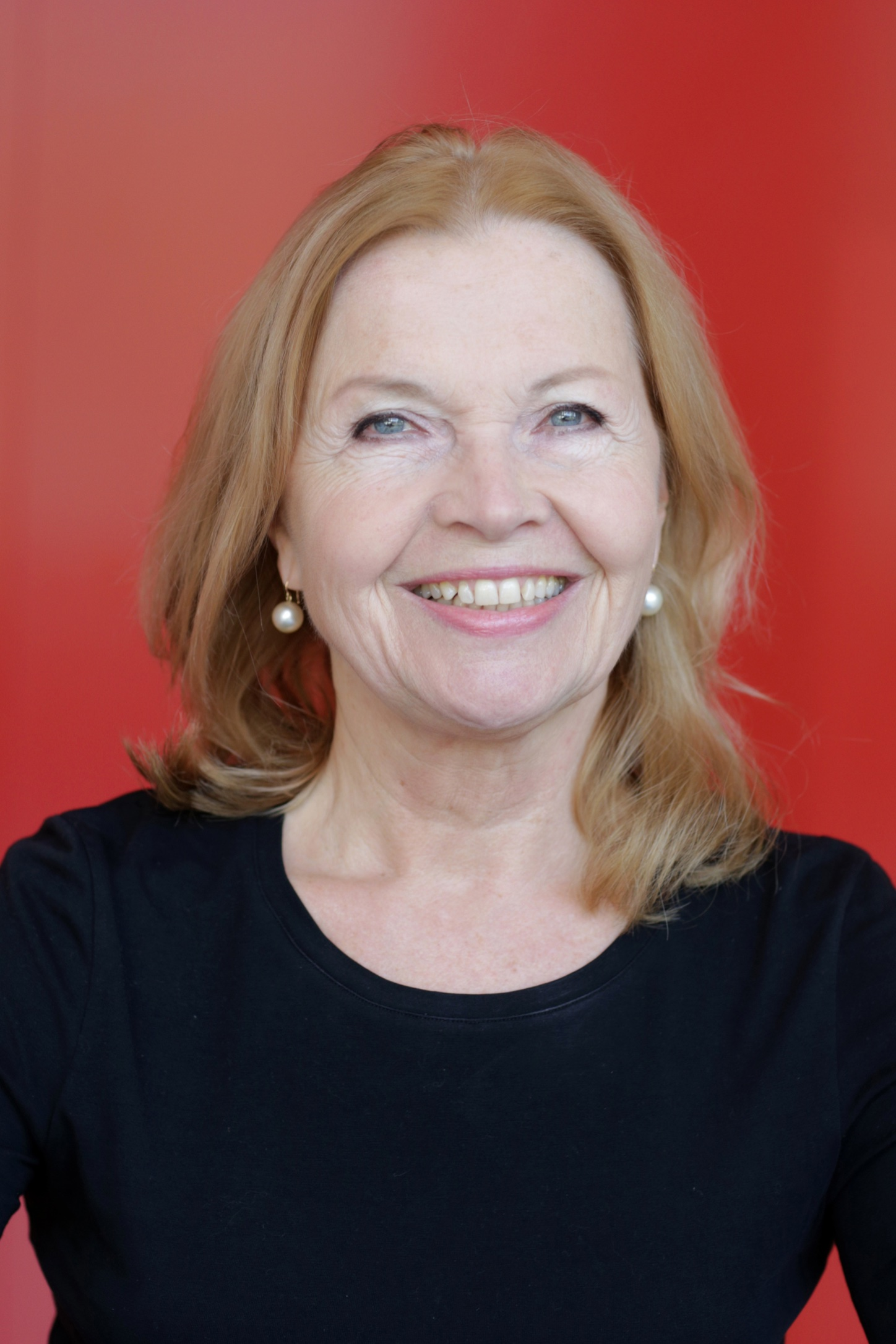 Sabine Hey, Form director primary school